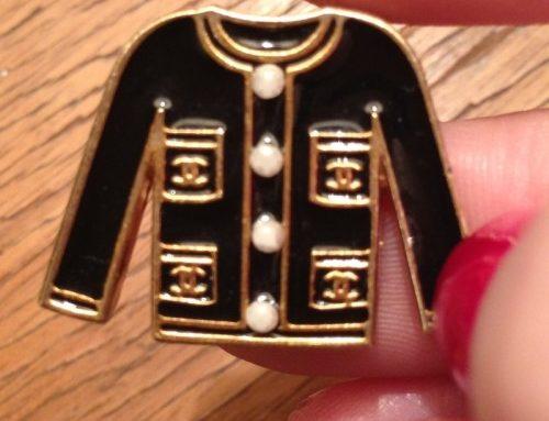 Une mini veste Chanel